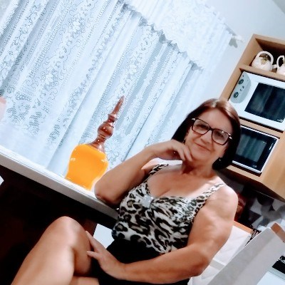 Vanda, 63 anos, site de encontros