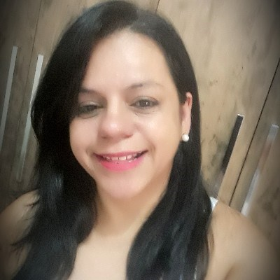 Gigi, 52 anos, site de relacionamento gratuito