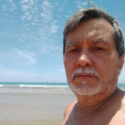 Vasconcellos, 62 anos, site de relacionamento