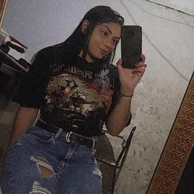 Moreninha, 19 anos, namoro online