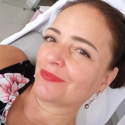 Angela, 49 anos, namoro online