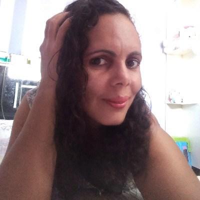 Taís, 37 anos, namoro online