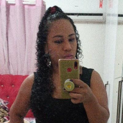 Jucilane Araújo, 32 anos, site de namoro gratuito