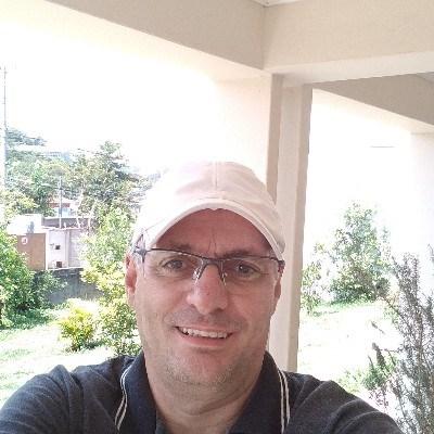 Gilmar Moreira d, 49 anos, site de relacionamento gratuito