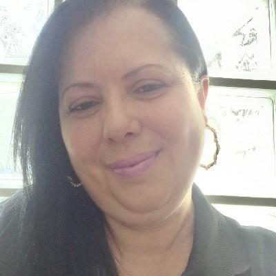Simone, 52 anos, site de encontros