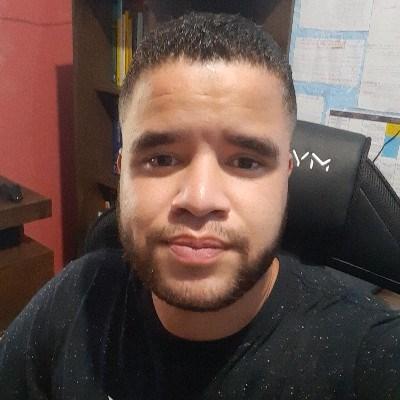 Leonardo Pereira, 24 anos, namoro online