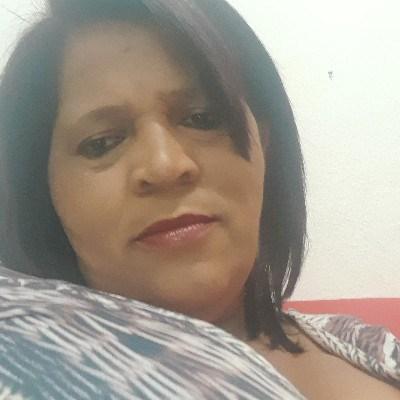 Vera, 47 anos, namoro online