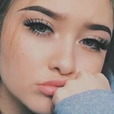 safira, 18 anos, namoro online