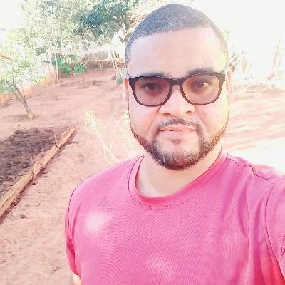 Tiago Serra, 33 anos, namoro serio