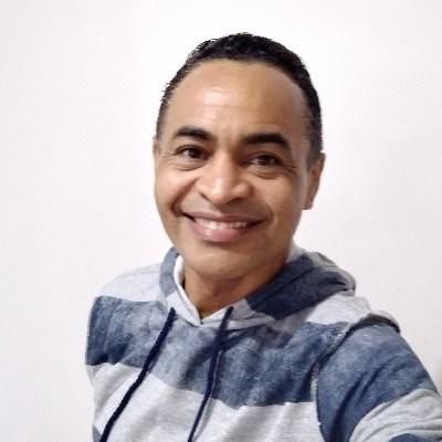Silva, 47 anos, namoro serio