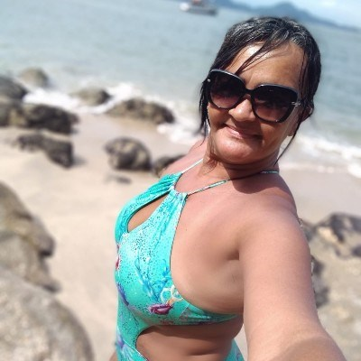 Angel, 51 anos, app de namoro gratuito