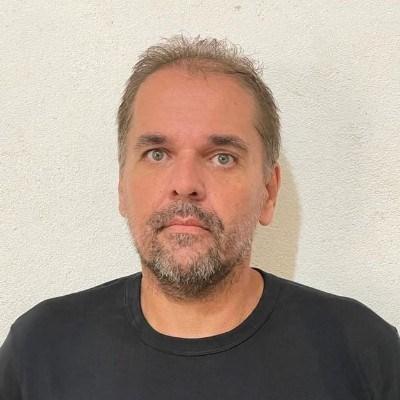 Ernandes, 48 anos, site de encontros