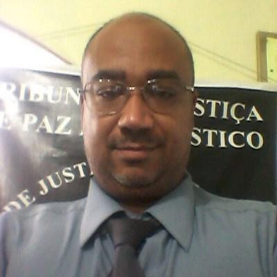 Juiz, 43 anos, namoro online
