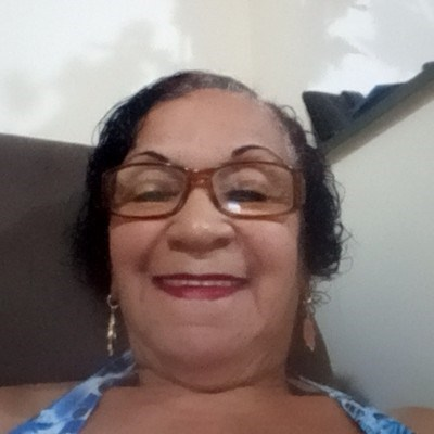 Graça, 72 anos, namoro online