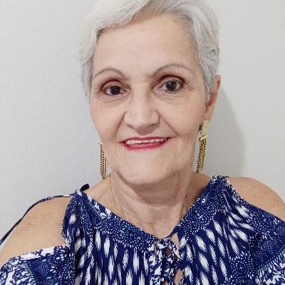 Sandrinha, 67 anos, namoro online gratuito