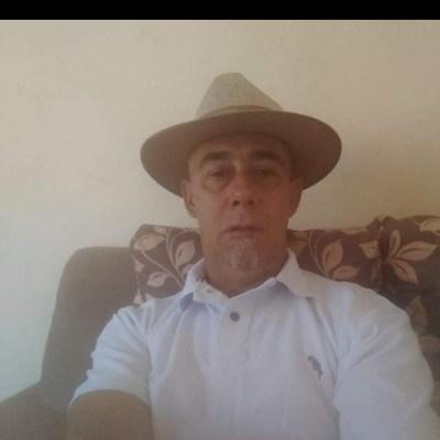 Luís Carlos, 56 anos, namoro online gratuito