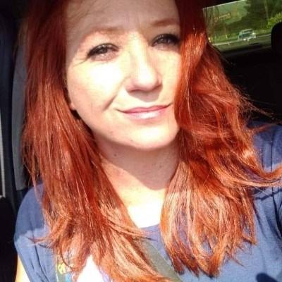 Ruiva, 41 anos, namoro online