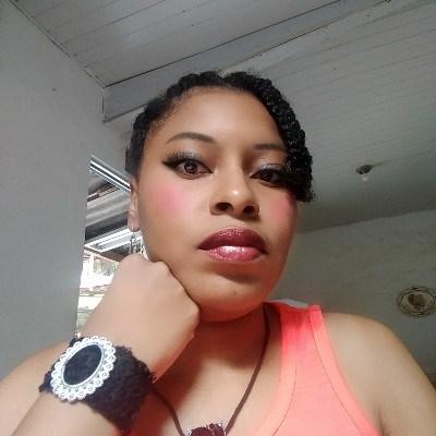 Sirlene, 28 anos, namoro online