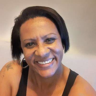 Kika, 44 anos, namoro online