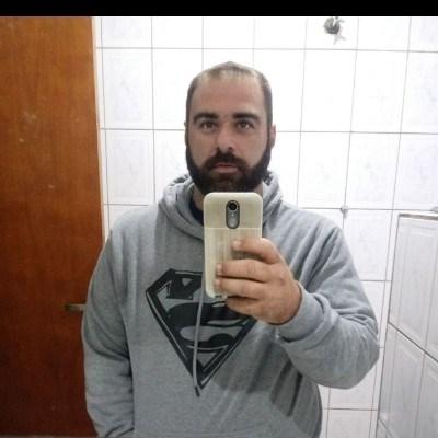Luis, 35 anos, namoro serio