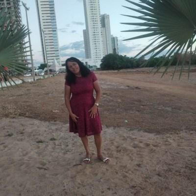 Maria, 60 anos, site de relacionamento gratuito