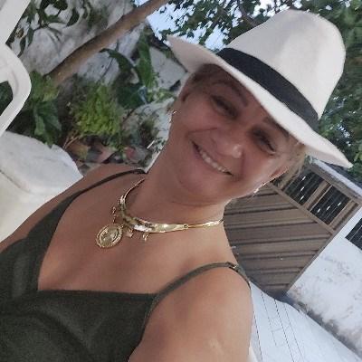 Altamira, 51 anos, namoro online
