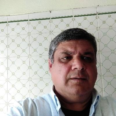 Luis Monteiro, 59 anos, namoro online gratuito