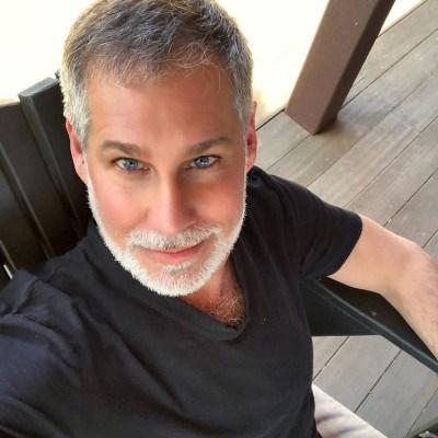 Humphrey Douglas, 43 anos, site de encontros