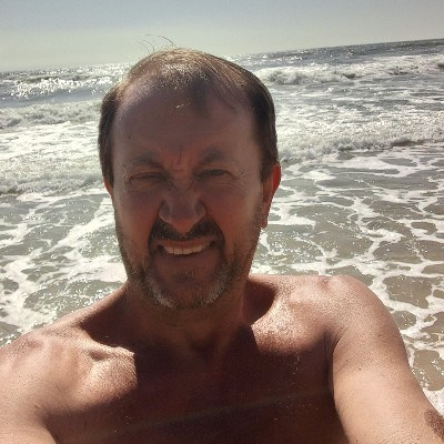 Esperançoso, 45 anos, namoro serio