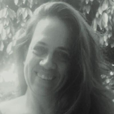 ---, 59 anos, namoro online