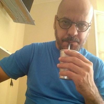 jlesy, 46 anos, homossexual