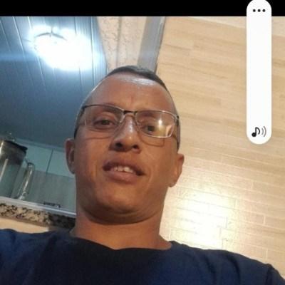 Tony, 40 anos, site de namoro