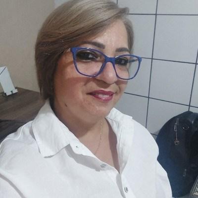 Rosana, 53 anos, namoro online gratuito