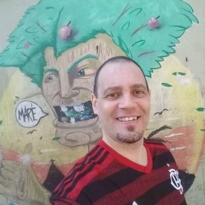 Hélio, 41 anos, bate papo
