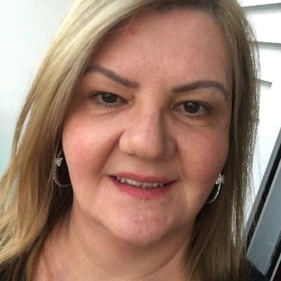 Dorinha, 52 anos, be2 com
