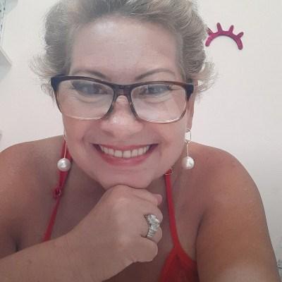 Mulher Romântica, 61 anos, site de namoro gratuito